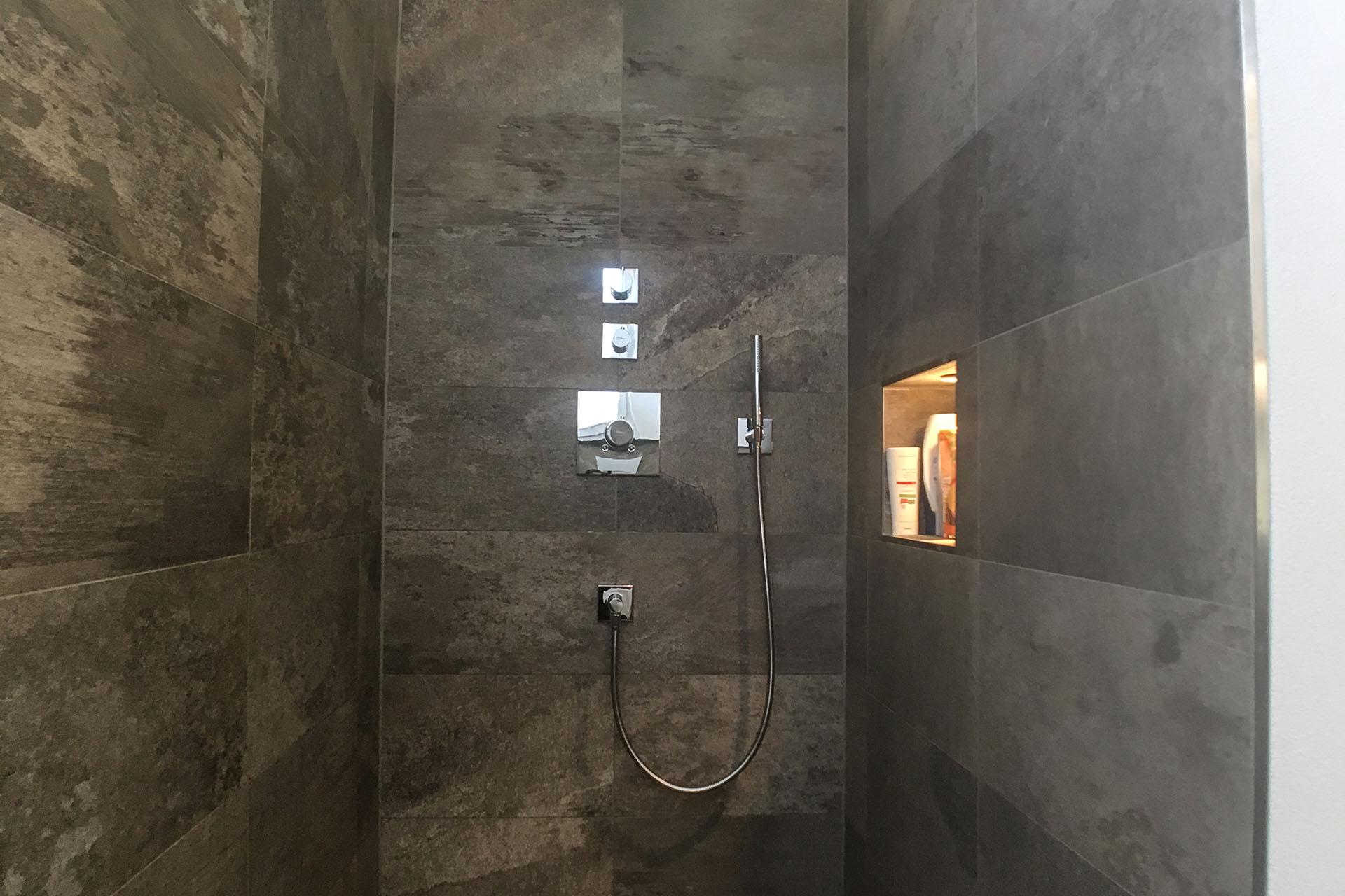 Badezimmer-02
